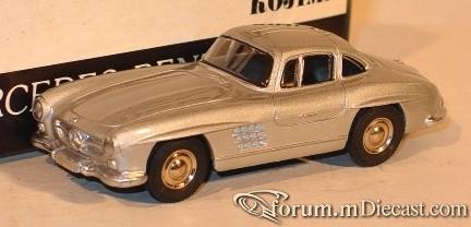 Mercedes-Benz W198 300SL 1954 Rubikon.jpg