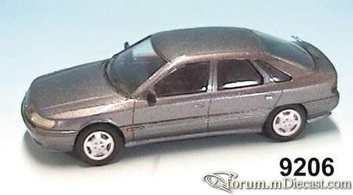 Renault Safrane 1993.jpg