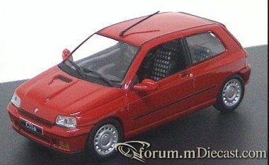 Renault Clio 1990 GT Universal Hobbies.jpg