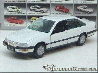 Opel Senator B 4d Gama.jpg
