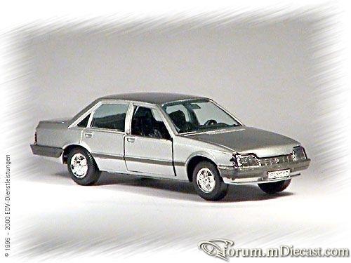 Opel Rekord E 4d Gama.jpg