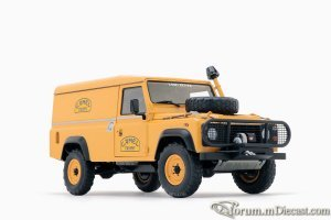 landrover-defender-camel-trophy-support-unit-1w.jpg